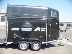 Přepravník pro dva koně EQUISTAR XL